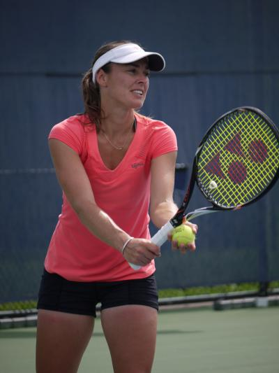 Martina Hingis practicing at
