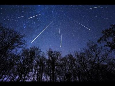 PERSEID METEOR SHOWER 2015 TIMELAPSE [HD] The Perseid meteor shower,...