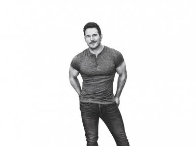 Chris Prat, tshirt, jeans and muscles