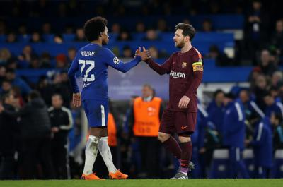 Willian and Messi at the final whistle