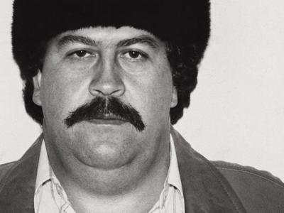 Pablo Escobar, fat, Russian hat
