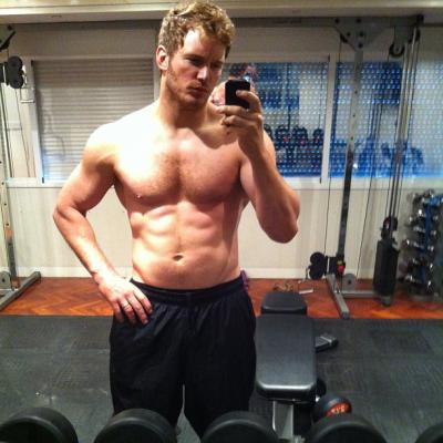 Chris Pratt workout selfie